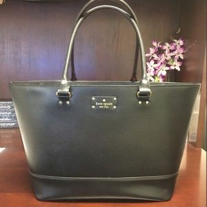 ♠️ Kate Spade Large Wellesley leather tote ♠️